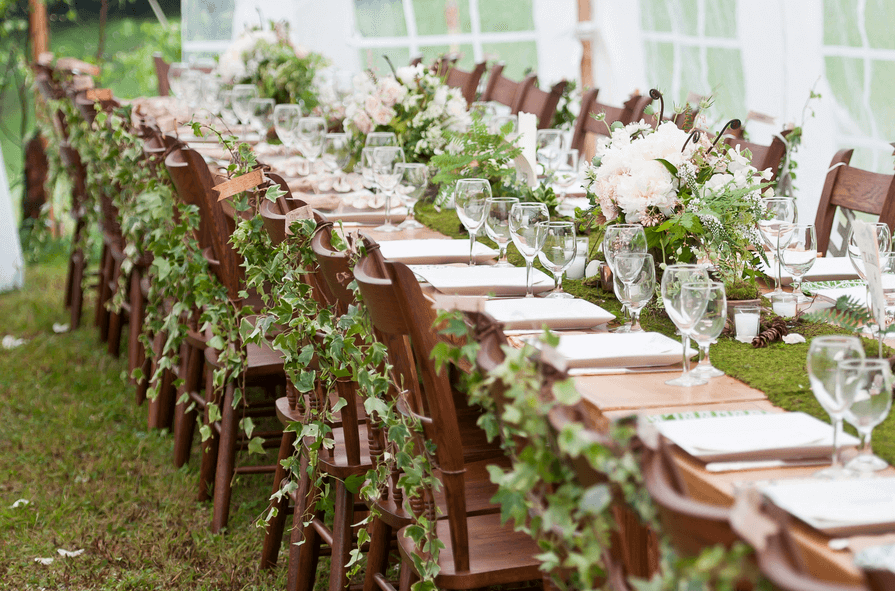 This Wedding Captures The Essence Of Theme Through Use Leaves They Are Carefully Placed So That Look Beautiful Yet Out Way