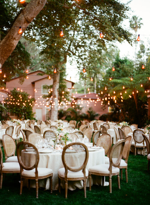 Outdoor Weddings And Organic Often Go Hand In After All What S More Resourceful Than Using Nature As Your Venue Décor