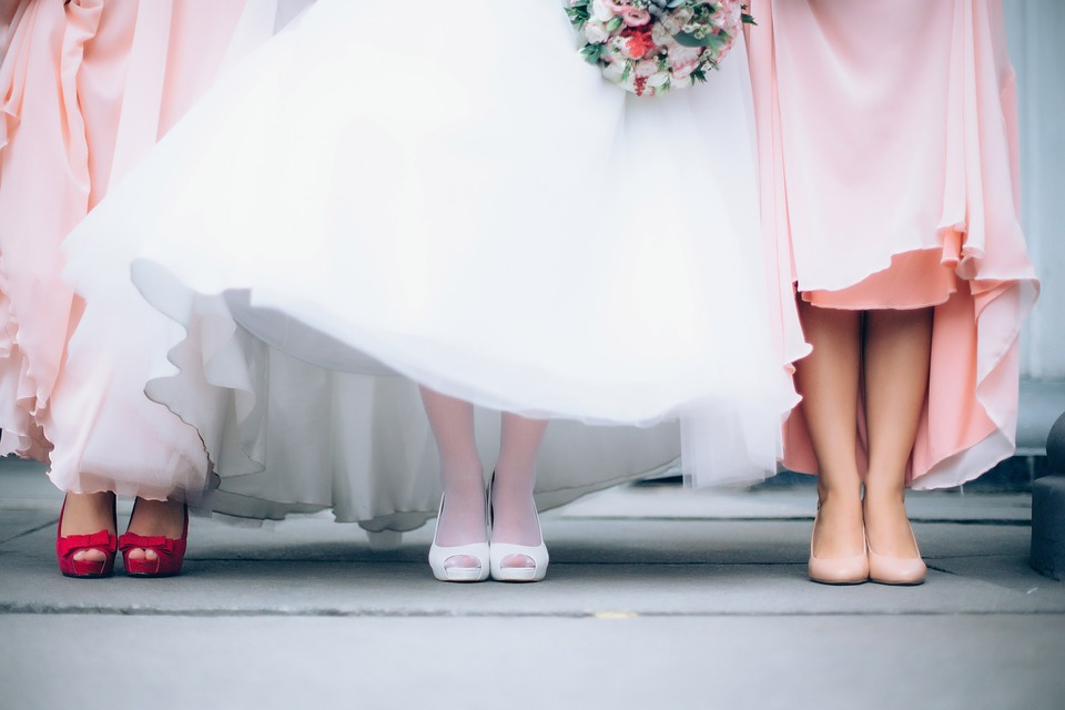 A Painless Guide to Choosing Your Wedding Party