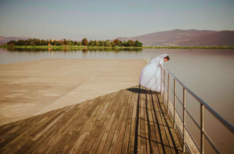 How to Have a Lake Wedding
