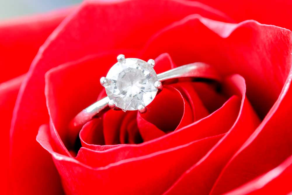 vintage engagement rings flowers