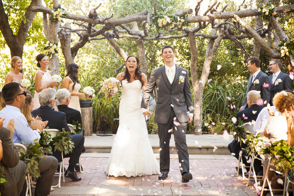 Top 20 websites for wedding inspiration our organic wedding a wedding day is lets face it one of the biggest events of anybodys life but unless youve been through it its difficult to appreciate just how junglespirit Gallery