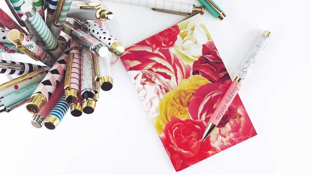 flower card and pens
