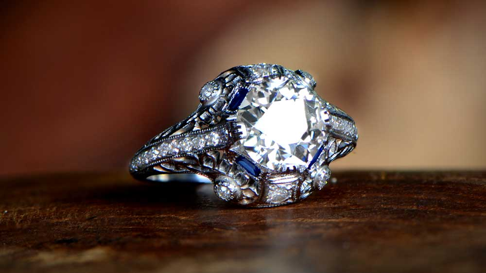 Antique Dia and Sapphire Ring