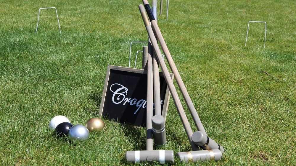 lawn-croquet