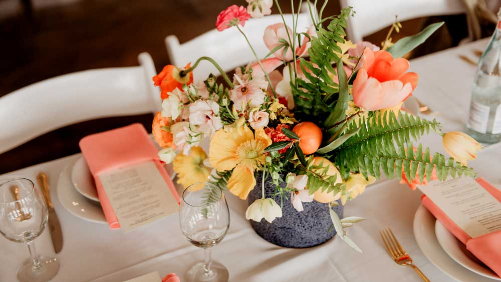 eco-friendly menus for wedding table