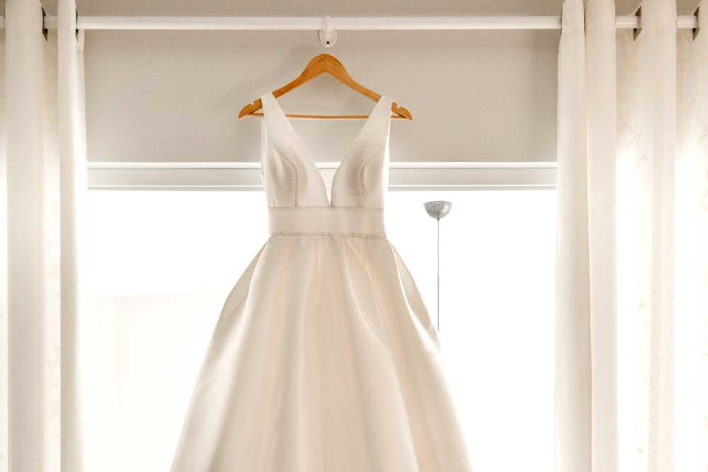 Wedding Dress Packing